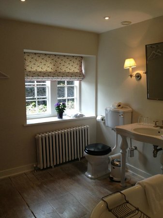Babington House: Bathroom