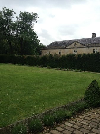 Babington House: View from side of the hotel