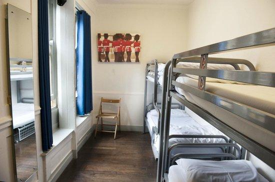 St. Christopher's Inn Hostel - London Bridge: Four Bed Dorm