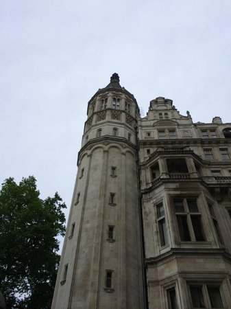 The Royal Horseguards: Tower suite is the top of this tower