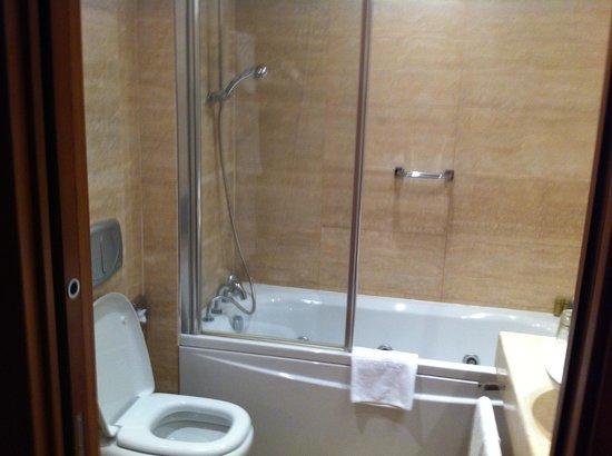 Eurostars Roma Aeterna: Salle de bains