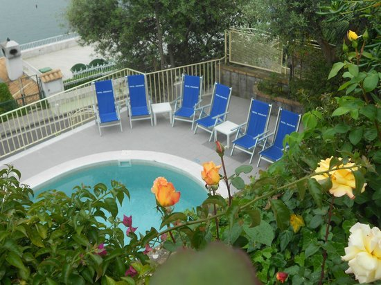 Hotel Miramare: pool area