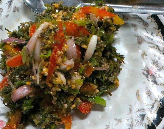 Pwint Mar Lar Restaurant: pickled tea leaves salad
