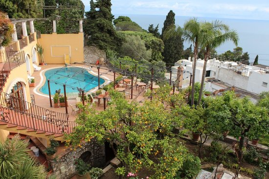 Hotel La Certosella : view of pool from our balcony