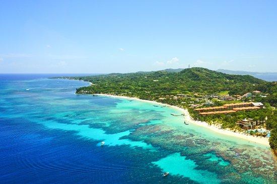 Paradise Beach Hotel: West Bay