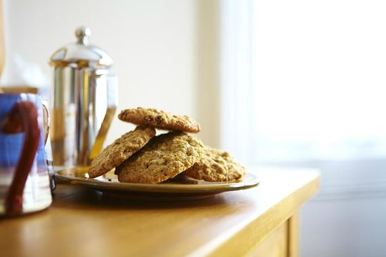 The Waves: Homemade Cookies and Coffee