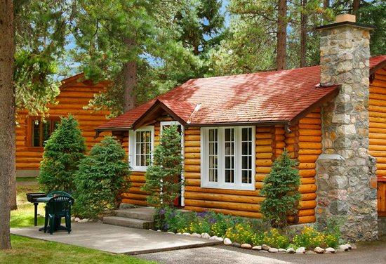 Alpine Village Cabin Resort   Jasper: One Bedroom Cabin Exterior
