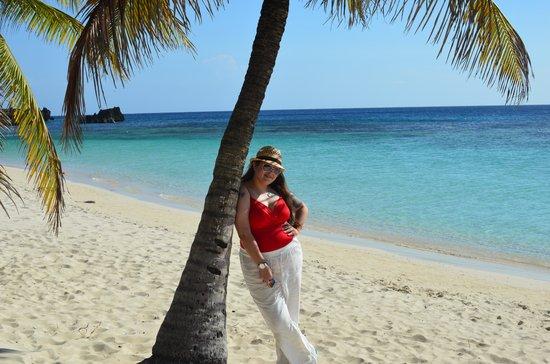 Infinity Bay Spa and Beach Resort: Love west bay!