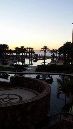 Hyatt Ziva Los Cabos : A few steps away from the front desk
