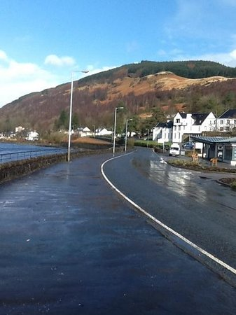 Arrochar Hotel : just out for a walk