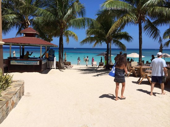 Infinity Bay Spa and Beach Resort: Beach