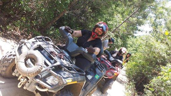 ATV Off-Road Adventure Tours: High speed break