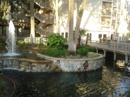 Omni Hilton Head Oceanfront Resort: Between reception and the other parts of the hotel