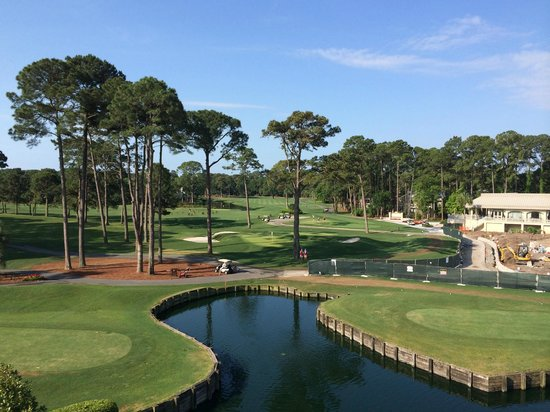 Inn & Club at Harbour Town - Sea Pines Resort: The view from our room