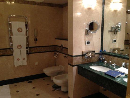 Taleon Imperial Hotel: Ванная