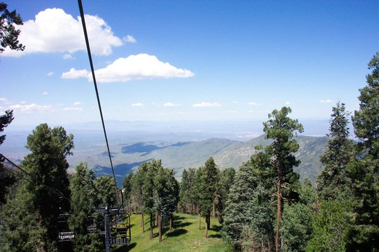 Mt. Lemmon Scenic Byway : View to East and New Mexico