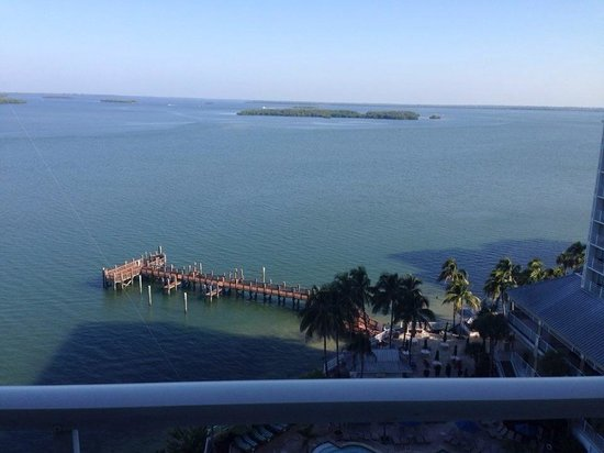 Sanibel Harbour Marriott Resort & Spa : View of the harbor from our 10th floor room