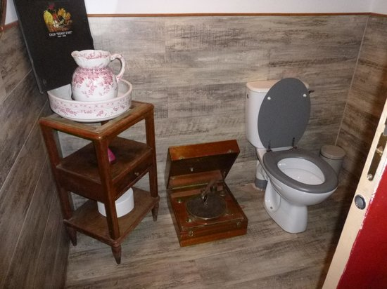 A Piazzetta: Quirky toilet