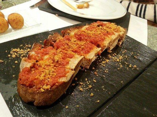 Restaurante Caney: tosta mediterranea