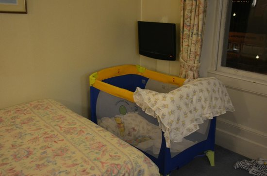 Ambassador Hotel: Room with Cot