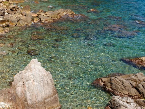 Lloret Beach : Crystal clear emerald waters of Lloret.