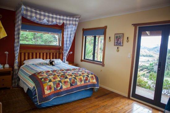 Abseil Breakfast Inn: The Farm Room