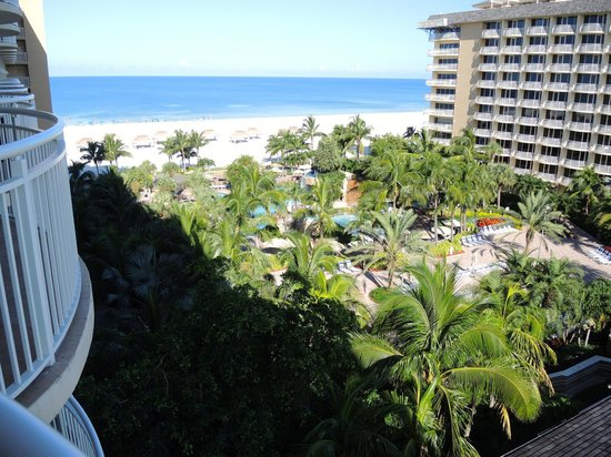 Marco Island Marriott Beach Resort, Golf Club & Spa : Balcony View
