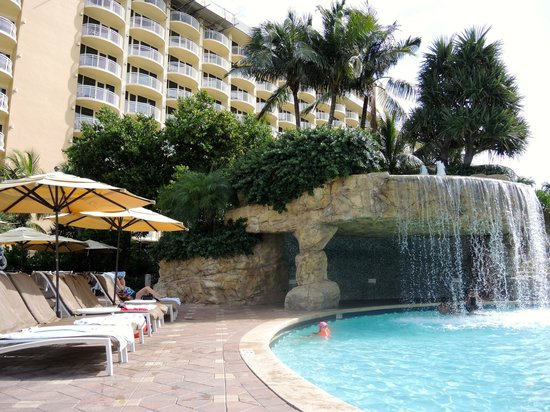 Marco Island Marriott Beach Resort, Golf Club & Spa : Pool Area