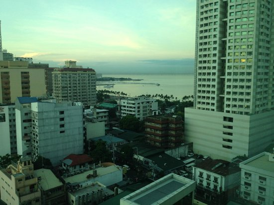 Pan Pacific Manila: view from the room