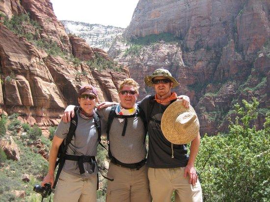 Zion Shuttle: Zion Canyon