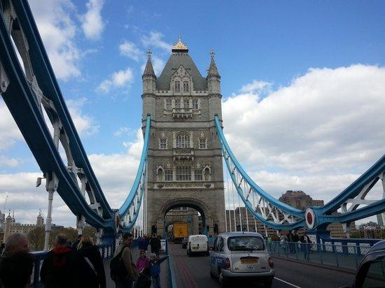 Grosvenor House, A JW Marriott Hotel: Tower Bridge
