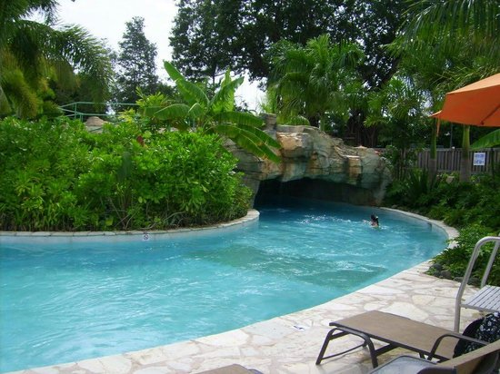 Mayaguez Resort & Casino: River pool