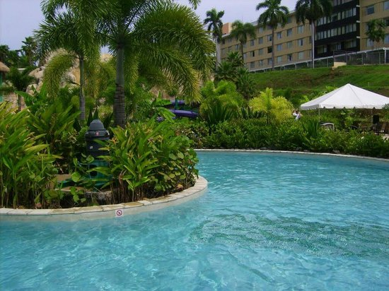 Mayaguez Resort & Casino: Main pool Mayaguez Resort