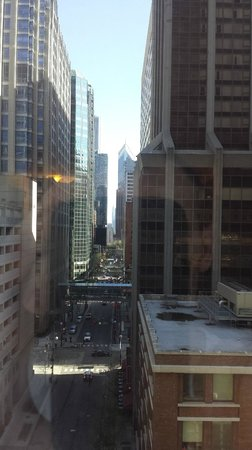 Cambria Chicago Magnificent Mile : View from room (9th floor)