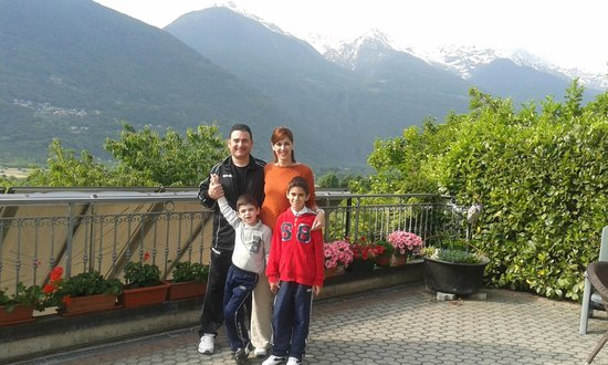 B&B Il Grappolo Valtellina: On the terrace
