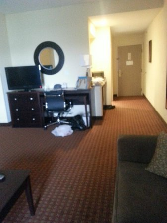 Comfort Suites: other side of lounge area entrance