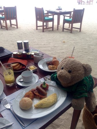 Taj Exotica Resort & Spa: His breakfast