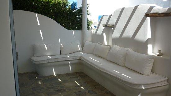 GT Suites: the Blue Rose terrace