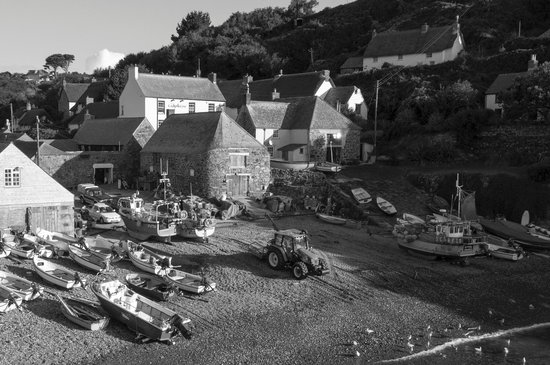 Cadgwith Cove Inn Restaurant
