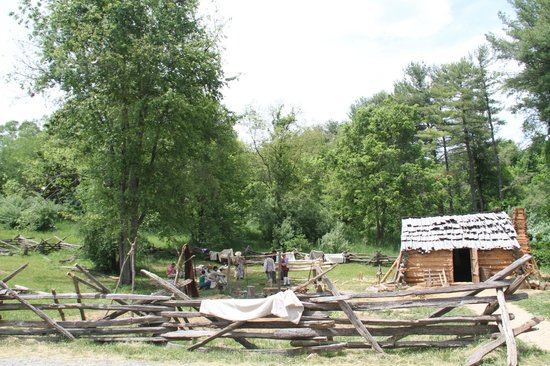Frontier Culture Museum: Early homestead