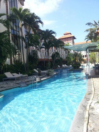 Sanur Paradise Plaza Hotel: piscine