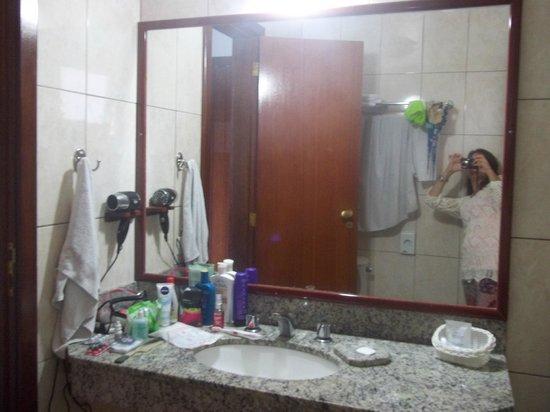 Coronado Beach Hotel: baño