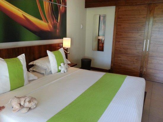 Tamassa Resort : Room with huge bathroom