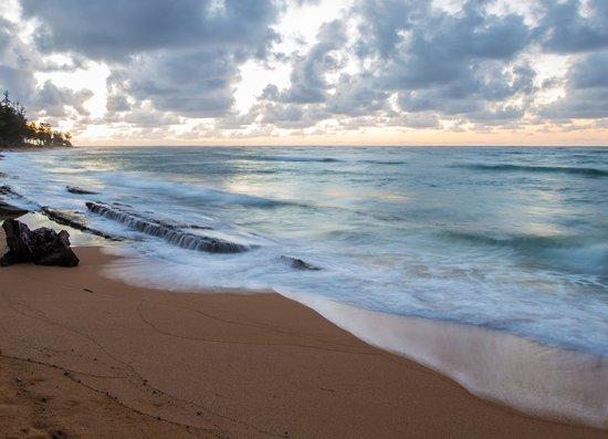 Kauai Coast Resort at the Beachboy : Another Sunrise