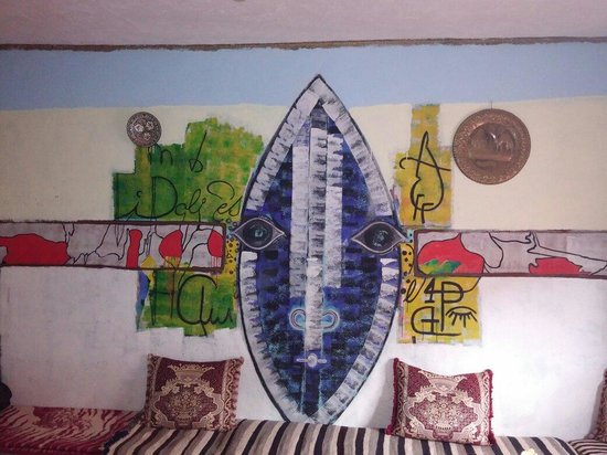 Auberge Isabel: Fresque du salon