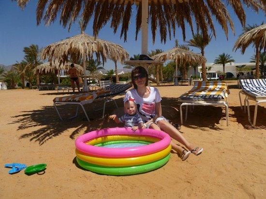Nuweiba Coral Resort: На пляже