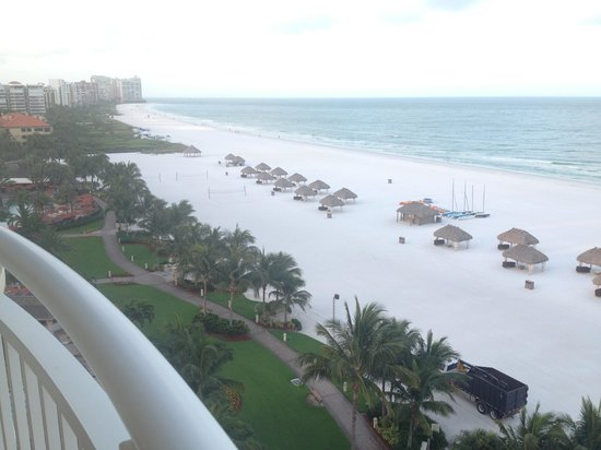 Marco Island Marriott Beach Resort, Golf Club & Spa : View from room