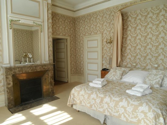 Le Chateau de Cocove : Bedroom