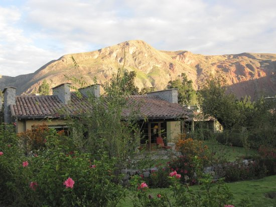 Sol y Luna - Relais & Chateaux: The grounds sit in the shadows of the Andes
