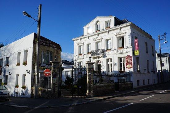Hotel des Phares Logis: Entrée de l'hotel des Phares
